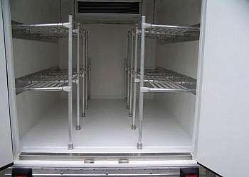 Baús refrigerados a venda